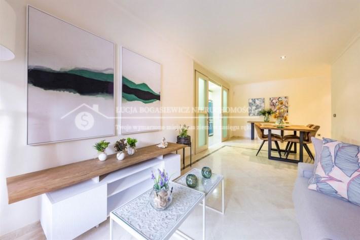 Sprzedam luksusowy apartament w Los Alcazares.
